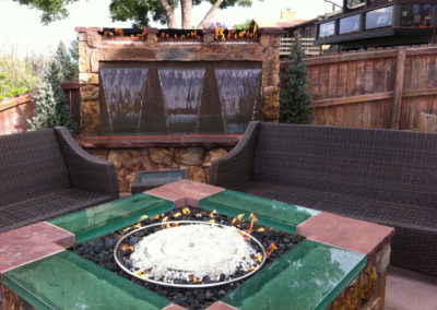 Water Wall Water Feature with Fire Accent, Outdoor Room, Fire Pit with Glass Accent
