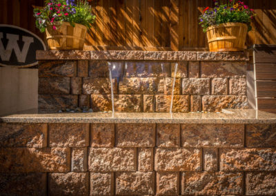 Water Wall Water Feature, Granite Countertop, Color Falls